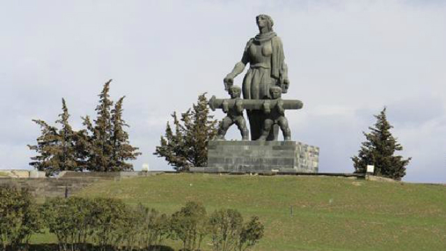 kidevac-daizrdebian 1