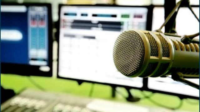 Online-Radio-Broadcasting